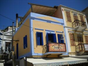На пароме с Родоса на остров Сими. Где поглядеть на греческих русалок и домики хоббитов?