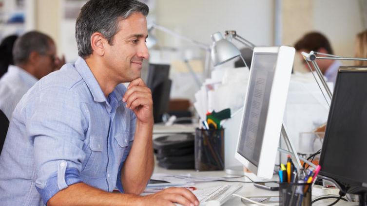 В программисты я б пошел, пусть меня научат. Как живется работникам «компа и клавы»? Часть 2