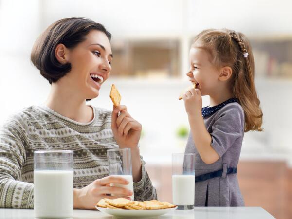 Как выстроить правильное отношение к деньгам у ребенка?