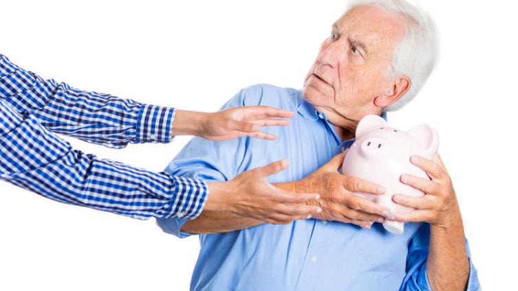 Надо ли в кризис «избавляться» от денег?
