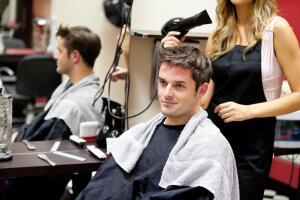 Как правильно ходить в парикмахерскую и стоит ли придерживаться этих правил?