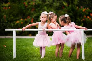 Как родители манипулируют своими детьми?