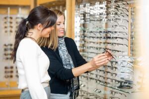 Законы привлекательности: в чем важность хорошего зрения?