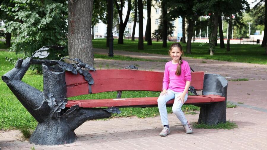 Такие вот скамейки попадаются в Ульяновске