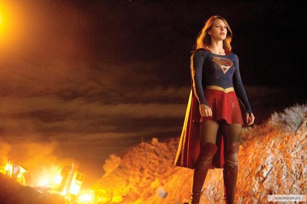 Какие сериалы смотреть с октября? Сериалы для девочек «Чокнутая бывшая», «Супердевушка»