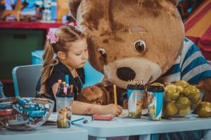 Студия творческих открытий медвежонка Барни, или Во что любят играть дети?