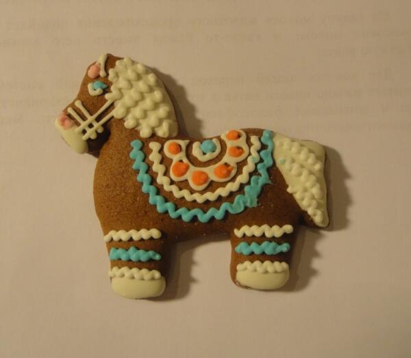 По традиции козули выпекают в форме лошадок...