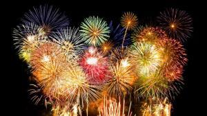 Чем удивить гостей, встречая Новый год? Модными сочетаниями цветов 2016 года