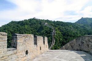 Кто и когда строил стены между государствами?