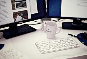 Работа и заработок в Интернете. Реальность или пустая трата времени?