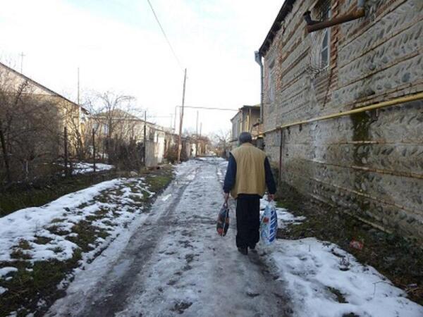 На улице Дици
