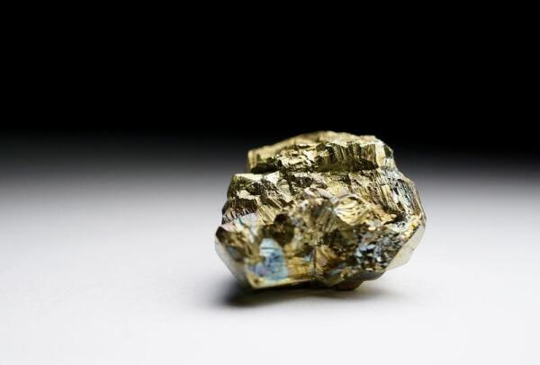 Бывают ли коварными прекрасные минералы?