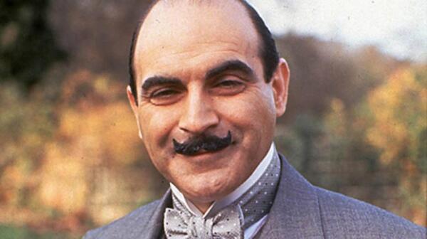 Усы стали визитной карточкой литературного сыщика Эркюля Пуаро.