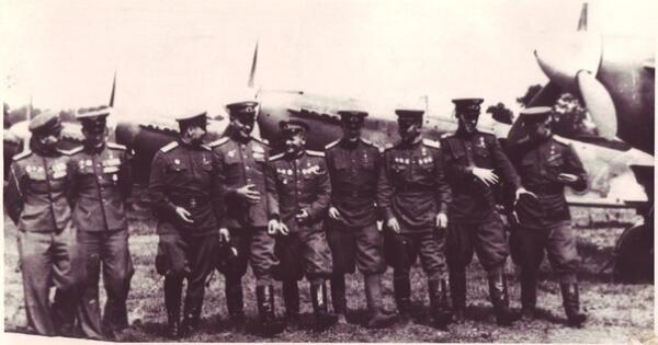 Н.Гулаев первым сбил 50 самолетов противника
