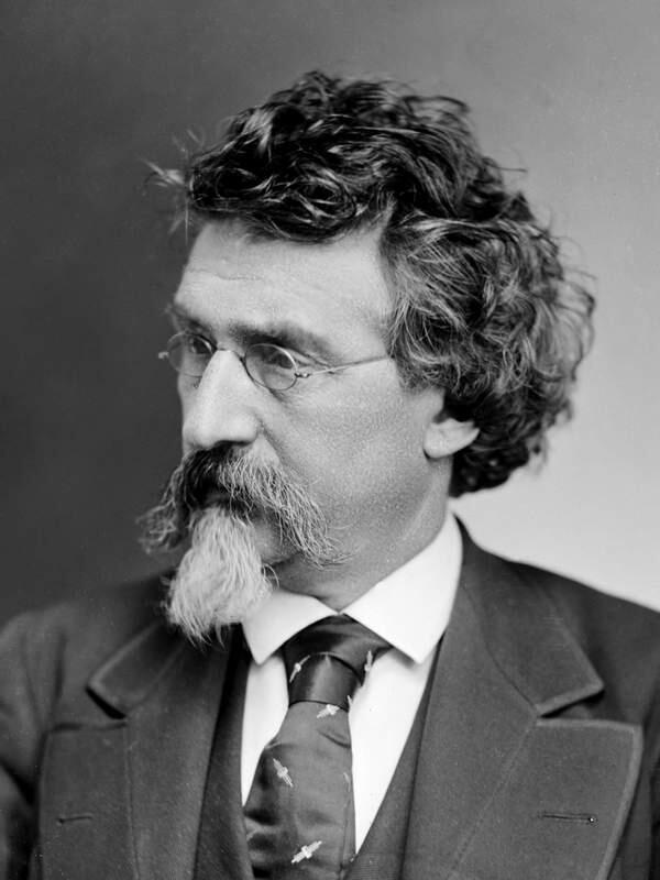 Галстук на фото 1875 года уже похож на современный.
