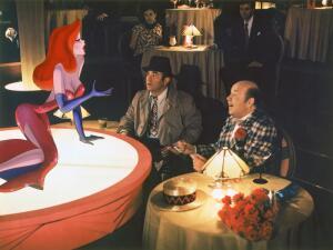 Знаменитые кинонаряды. В каком платье выступали Джильда и Джессика Рэббит?