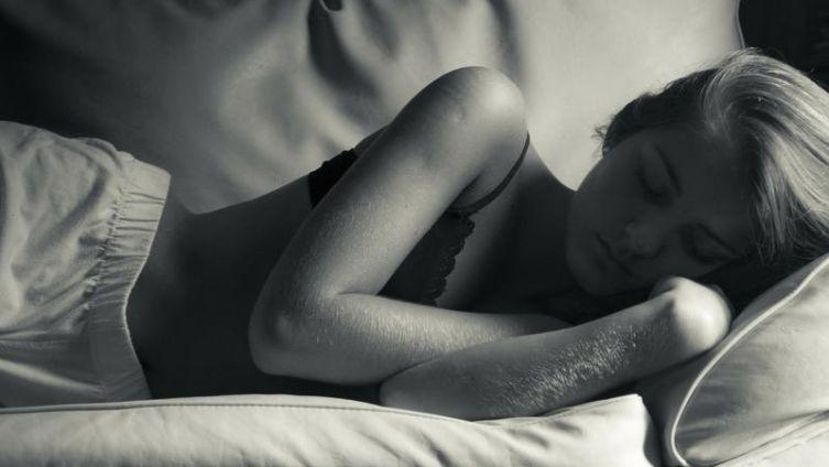 Как недостаток сна связан с лишним весом?