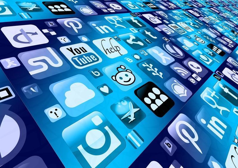 Как правильно оформить и вести группу в социальных сетях?