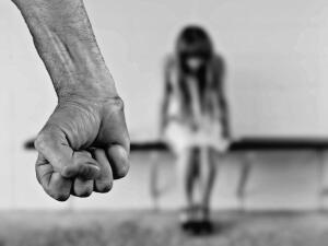 Четыре всадника домашнего насилия: бьёт - значит, любит?