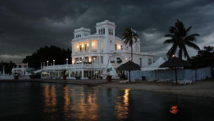 Куба, г. Сьенфуэ́гос