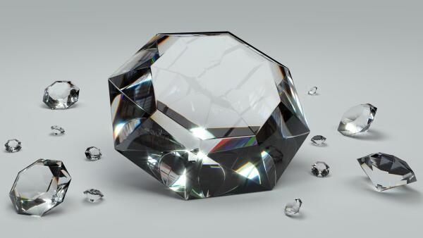 Как от цвета зависит качество алмазов?