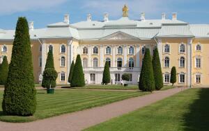 Какая семейная драма разыгралась в тени российского трона на рубеже XIX–XX веков? Графская доля