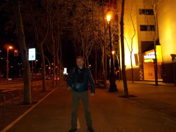 ночная Барселона завораживает