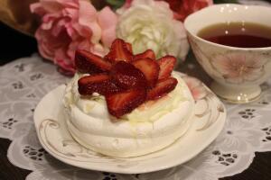 Как приготовить знаменитый десерт «Павлова»?
