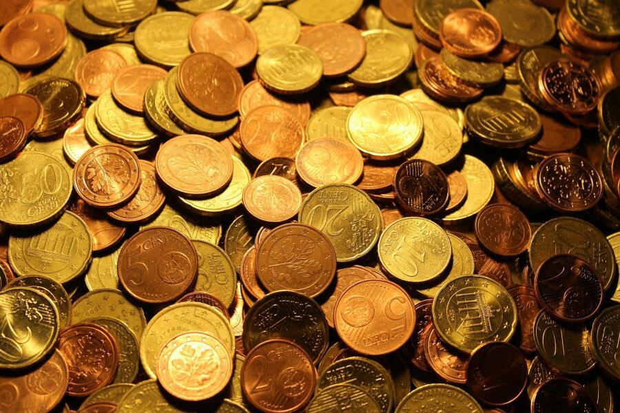 Откуда произошли символы валют?