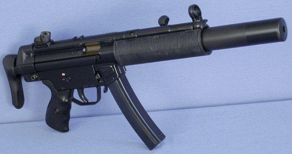 Пистолет-пулемет МП5, выпускаемый фирмой «Хеклер и Кох»