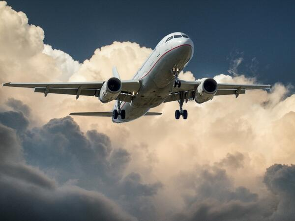 Как купить авиабилеты из Москвы?