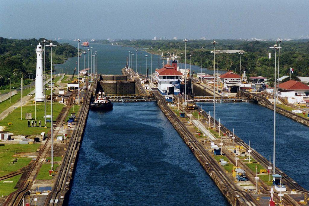 Панамский канал построили только после истребления малярийных комаров
