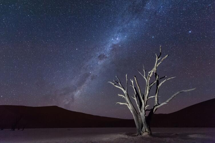 Мертвая долина в ночное время