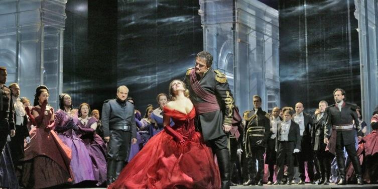 Сцена из постановки «Отелло», театр «Метрополитен-опера»