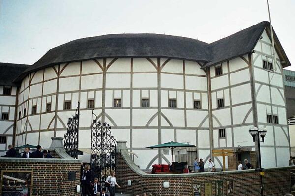 В чём величие пьес Уильяма Шекспира? Великий бард и его персонажи
