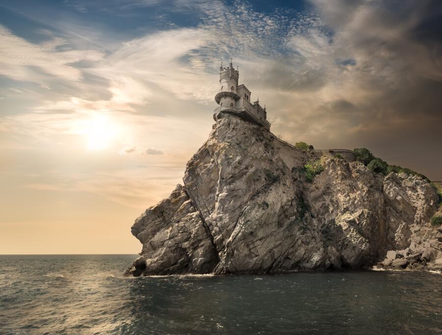 Замок «Ласточкино гнездо», Крым