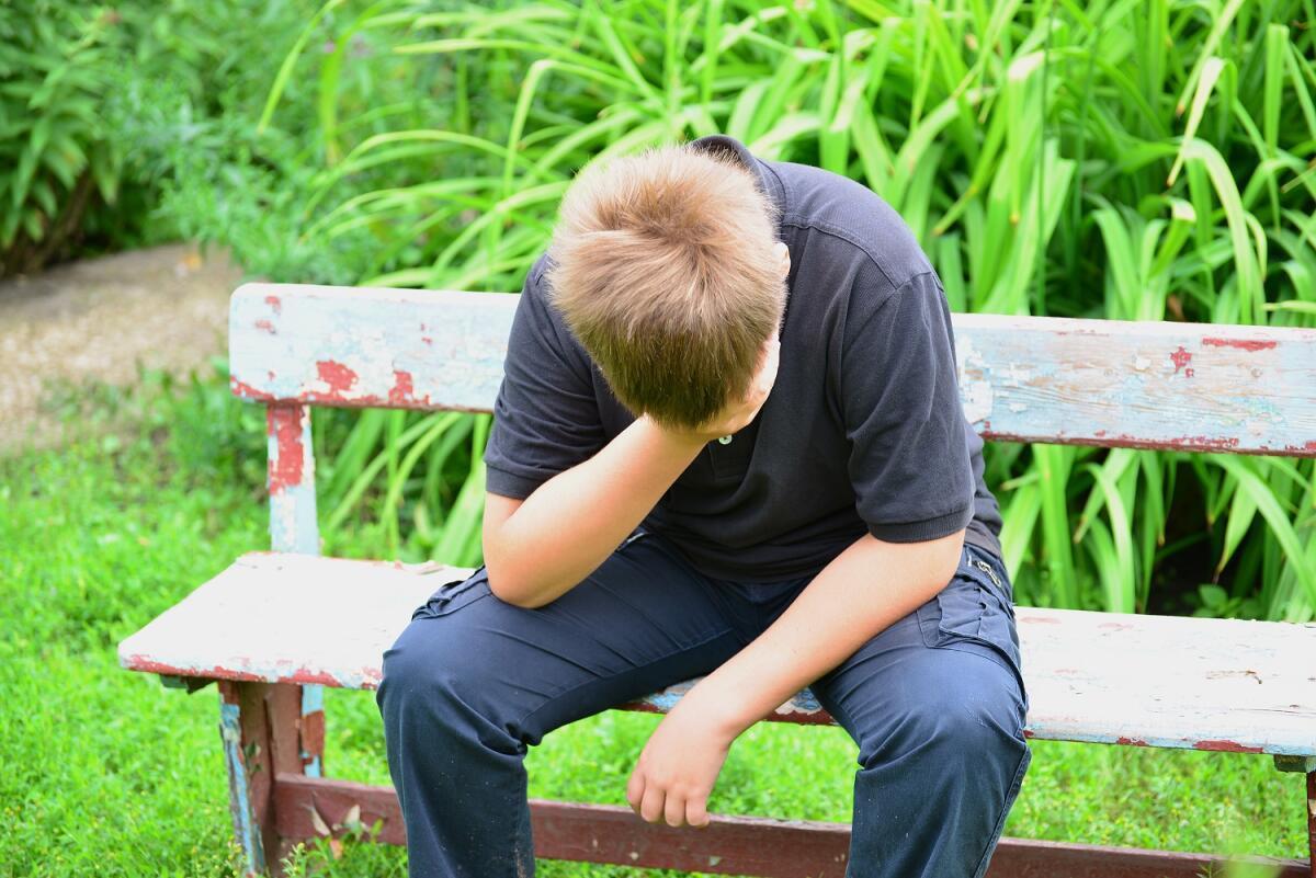 Депрессия: что с ней делать? 10 симптомов впадения и 10 вариантов выхода