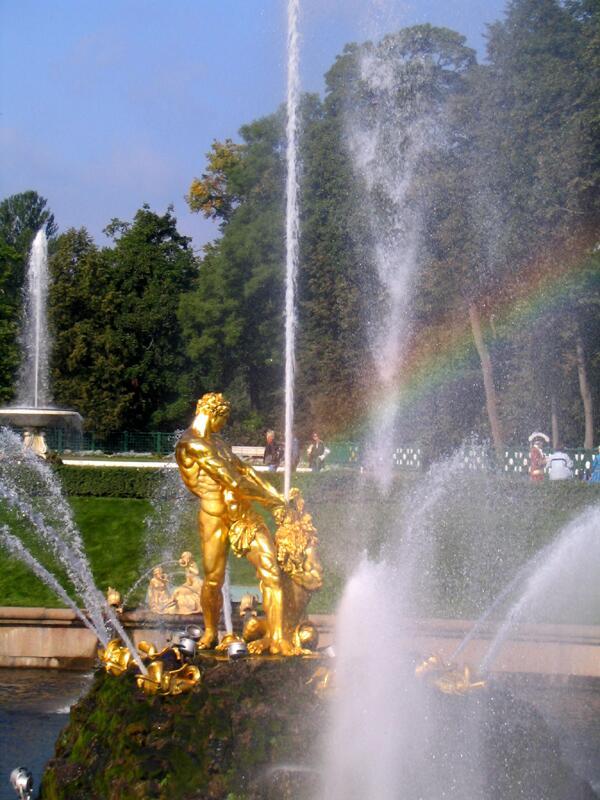 «Самсон» — центральный фонтан дворцово-паркового ансамбля Петергоф