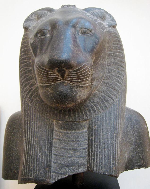 Голова богини Сехмет