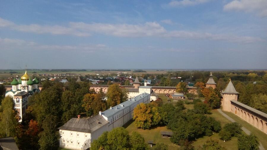 Братский корпус Спасо-Евфимиева монастыря, Суздаль. Вид с крыши Главной проездной башни