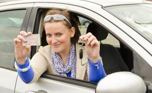 Куда пойти учиться: автошкола или частный инструктор?