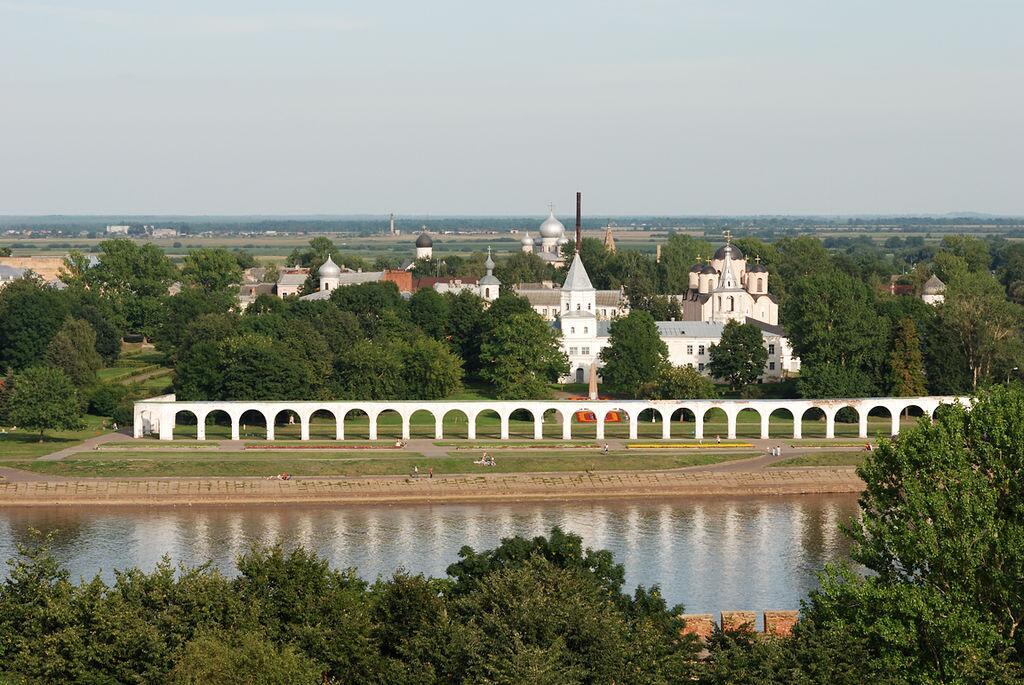 Ярославово Дворище и Торг — исторический архитектурный комплекс на Торговой стороне Великого Новгорода