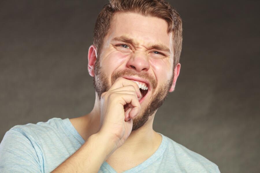 Болит зуб? Как избавиться от зубной боли дома