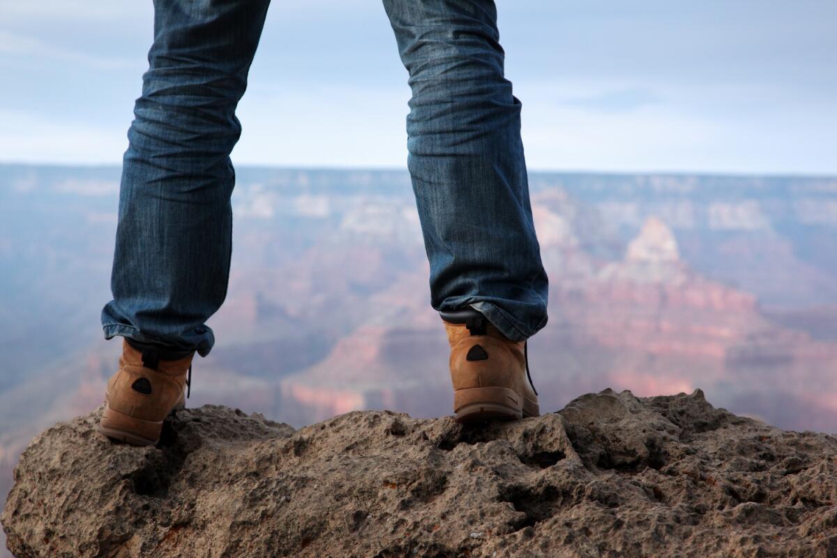 В трудной ситуации стойте твердо на ногах