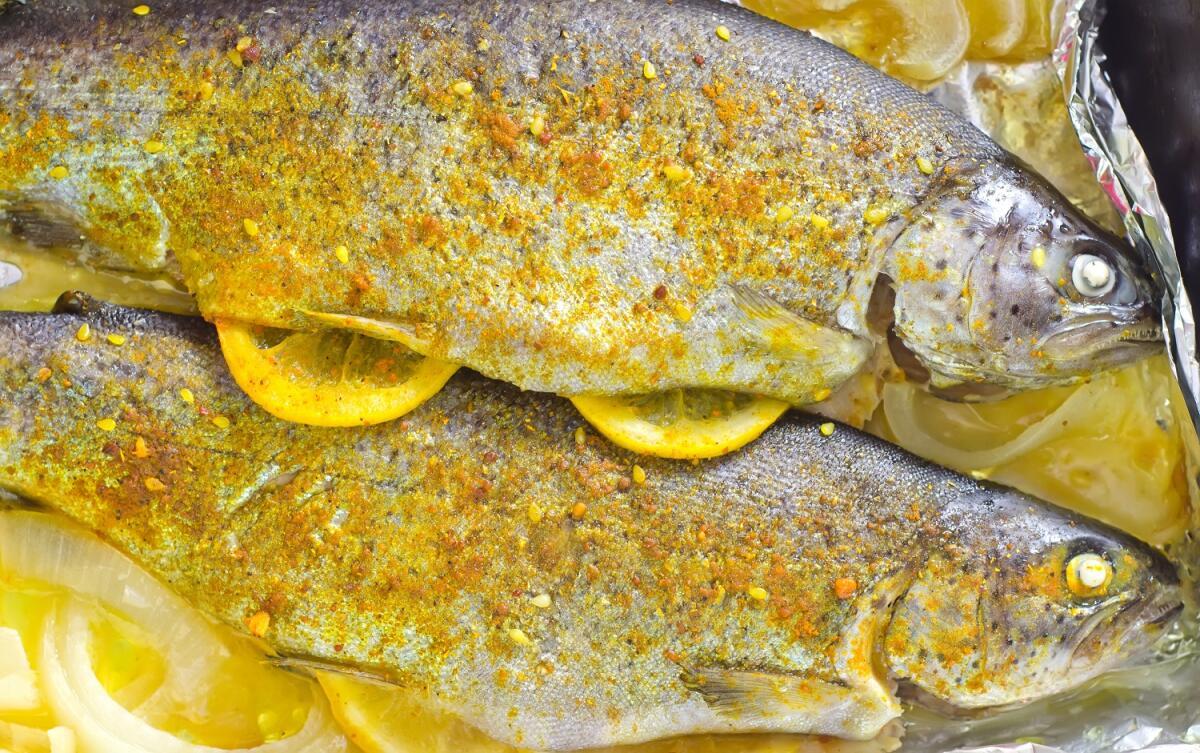 Рыба, запеченная в фольге, сохраняет уникальные вкусовые качества