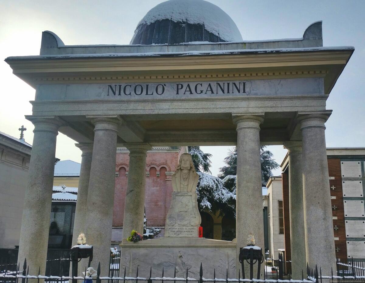 Могила Н. Паганини, кладбище Вилетта, Парма