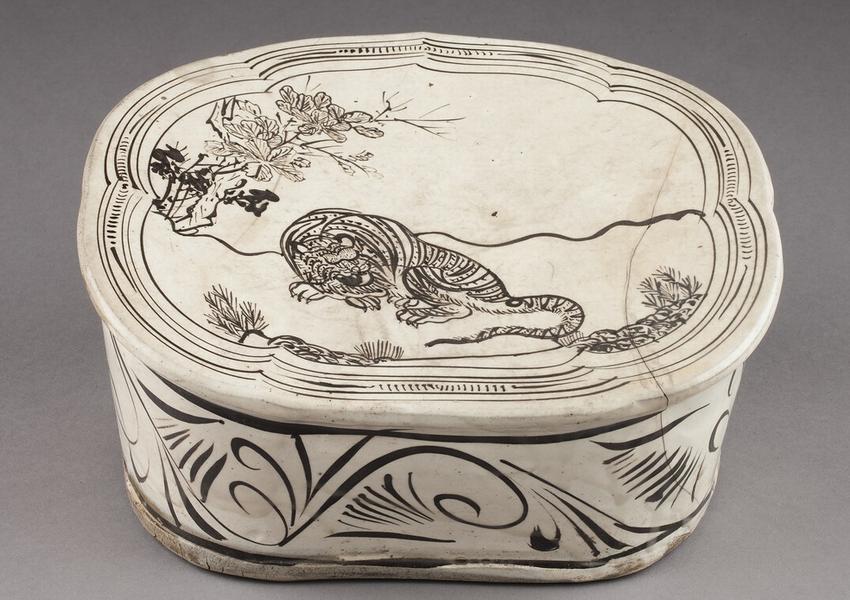 Китайский подголовник с тигром. XII век