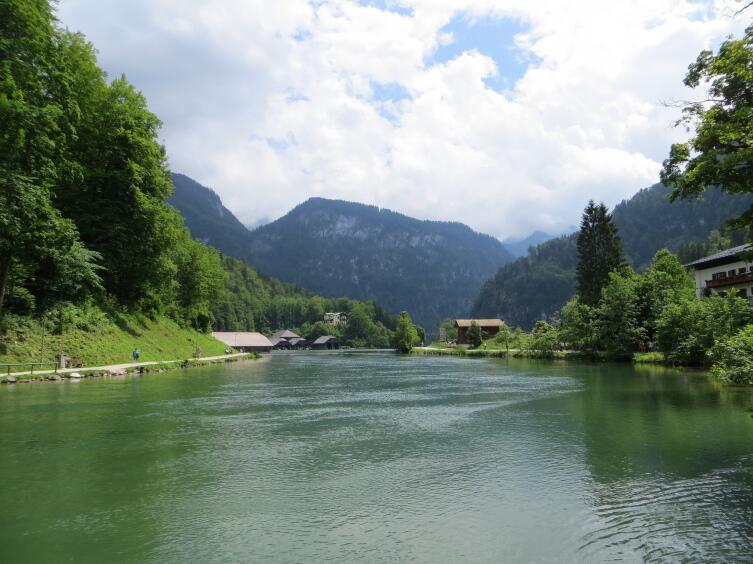 Кёнигзее - это девственно чистая природа и кристальная изумрудная вода
