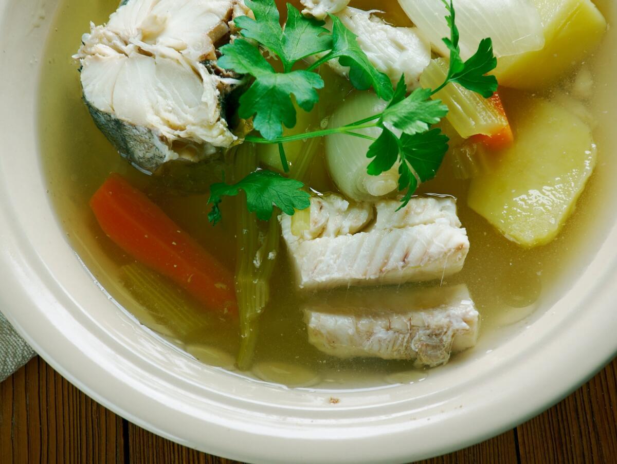 Уха из сазана - низкокалорийное, полезное блюдо