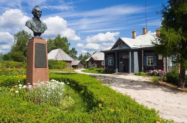 Какие были и небылицы существуют о Суворове?